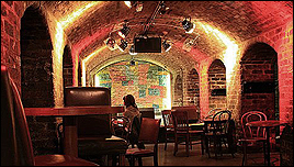 The Beatles Polska: Cavern Club zostaje zamknięty na stałe.
